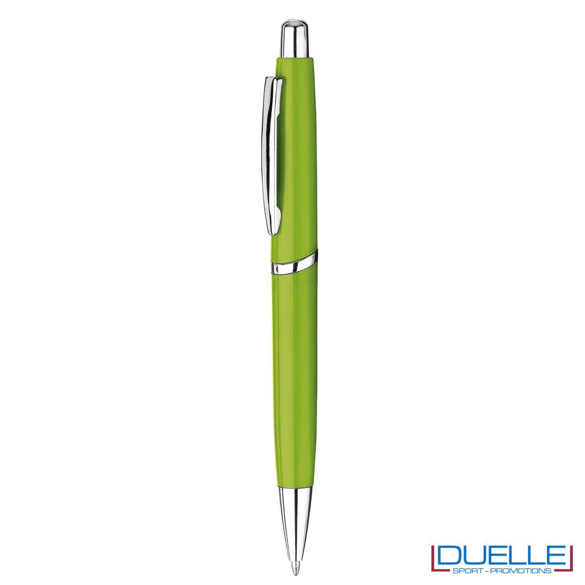 Penna in plastica con clip in metallo personalizzata colore verde