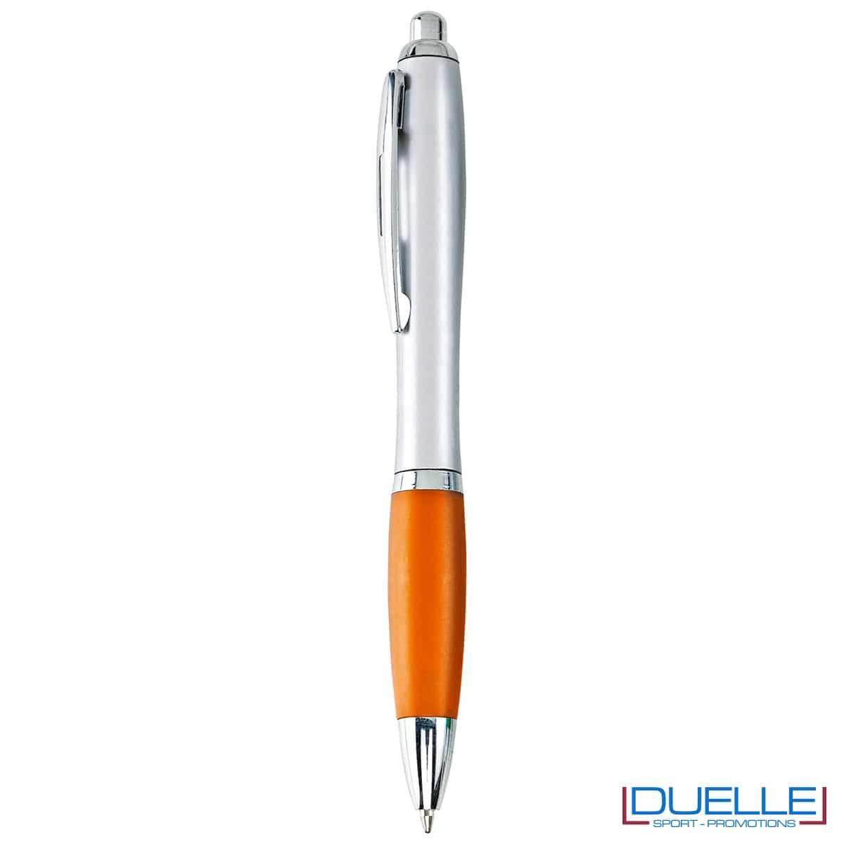 Penna economica personalizzata fusto silver impugnatura arancione