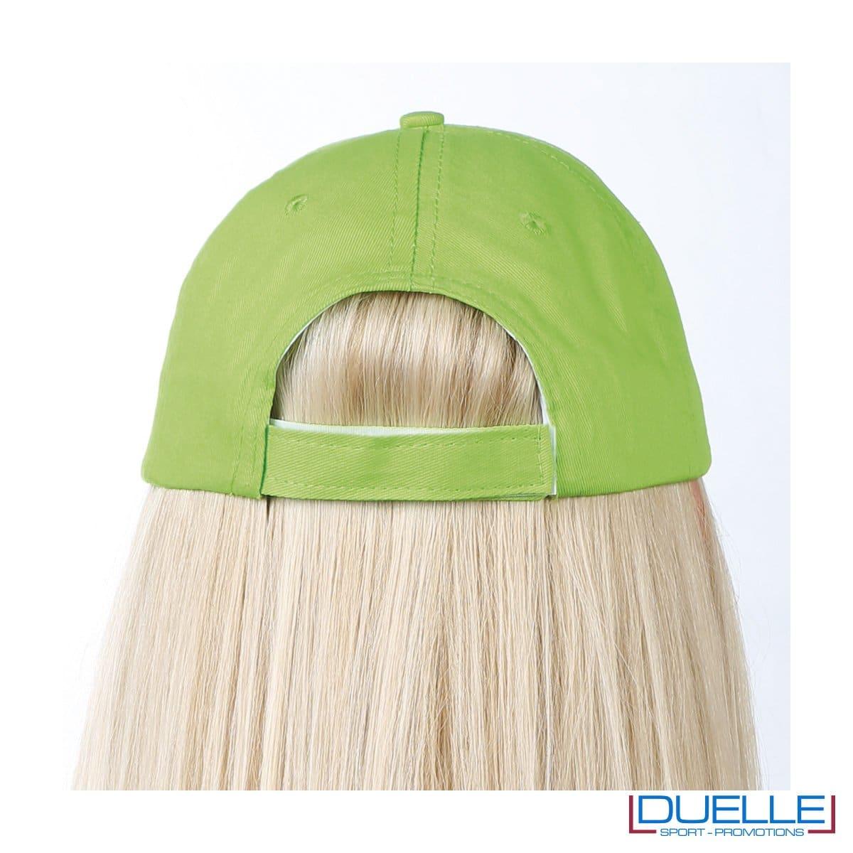 Chiusura cappellino con velcro