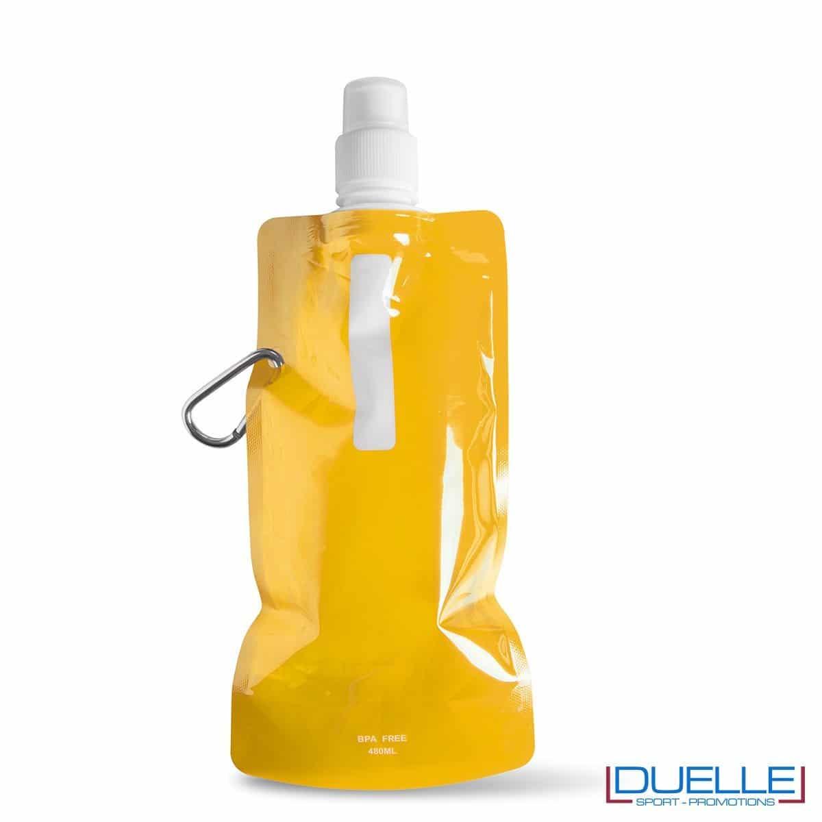 Borraccia personalizzata pieghevole con moschettone colore giallo