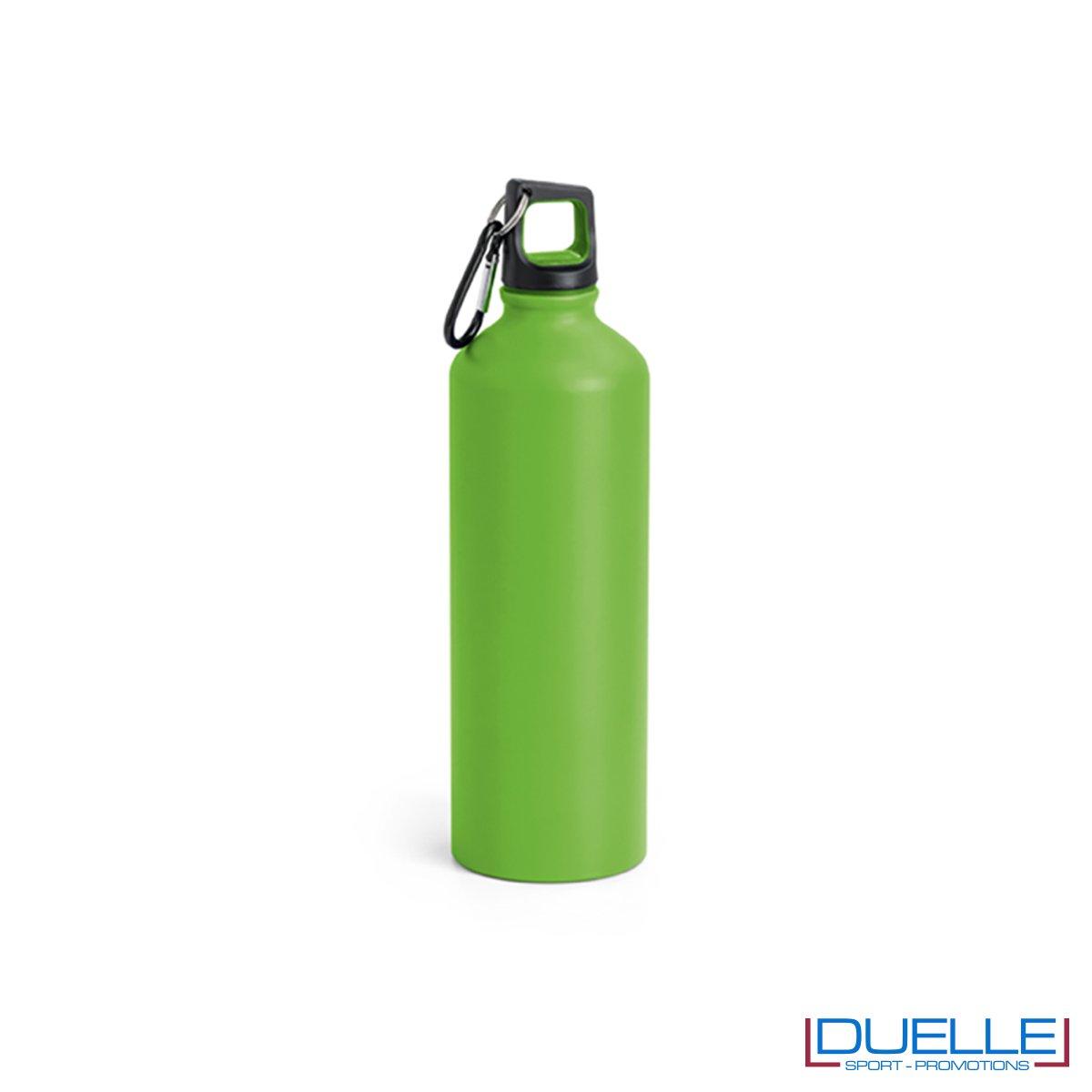 Borraccia in alluminio personalizzata con incisione colore verde