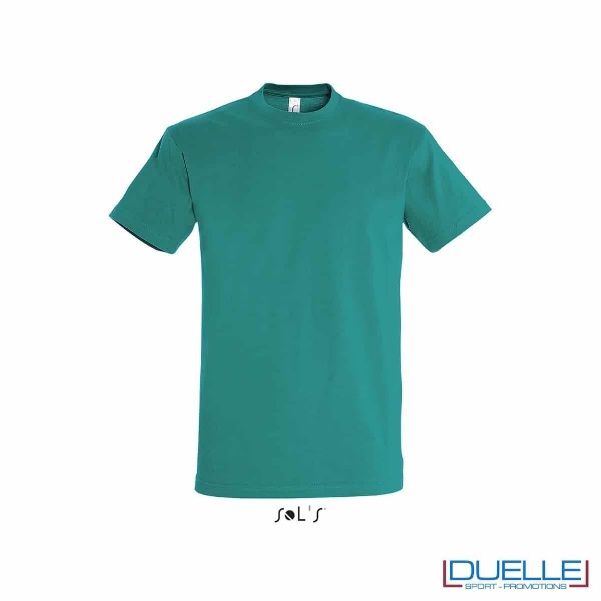 T-shirt promozionale in cotone pesante colore verde smeraldo personalizzata con ricamo o stampa