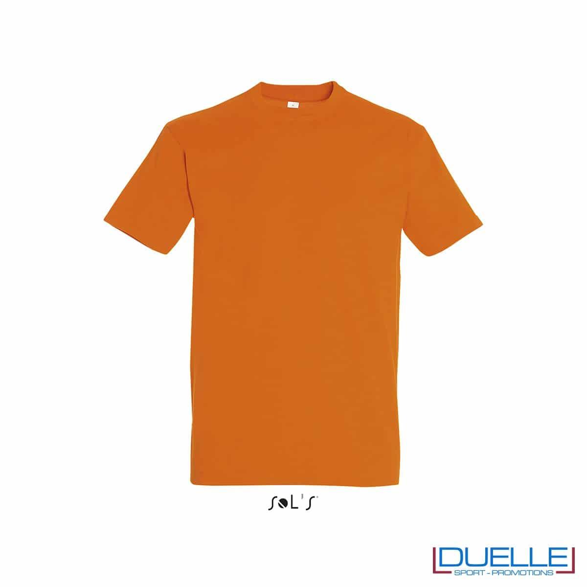 Maglietta promozionale in cotone pesante colore arancione personalizzata con ricamo o stampa