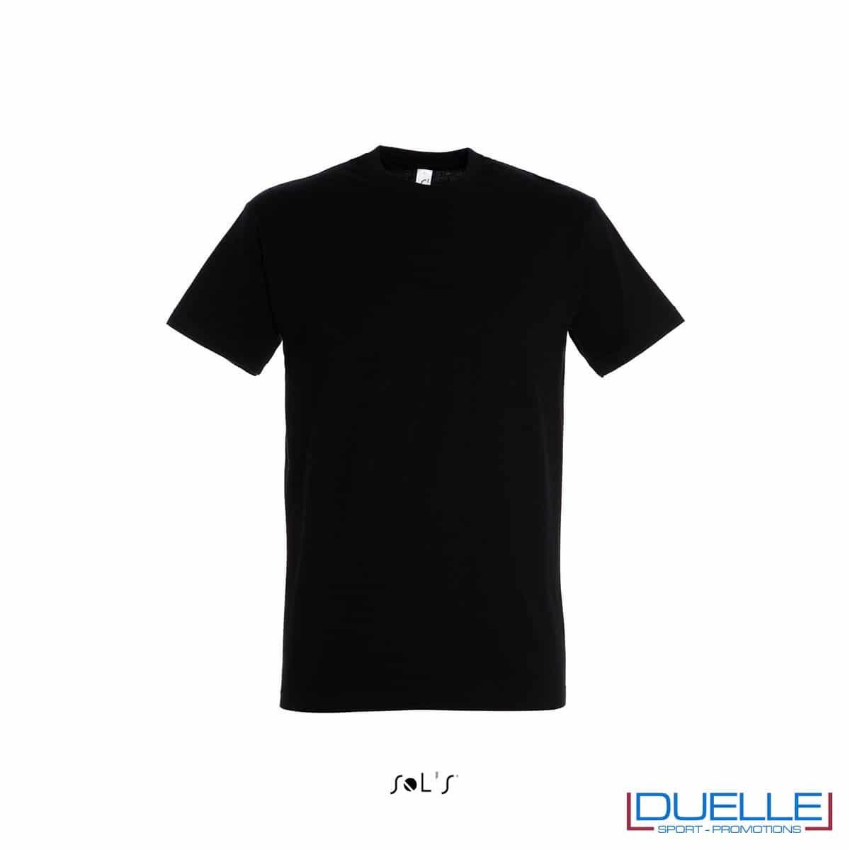 Maglietta promozionale in cotone pesante colore nero personalizzata con ricamo o stampa