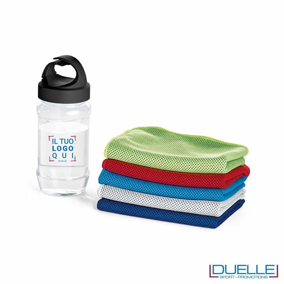 Asciugamani personalizzati rinfrescanti con bottiglia con aggancio