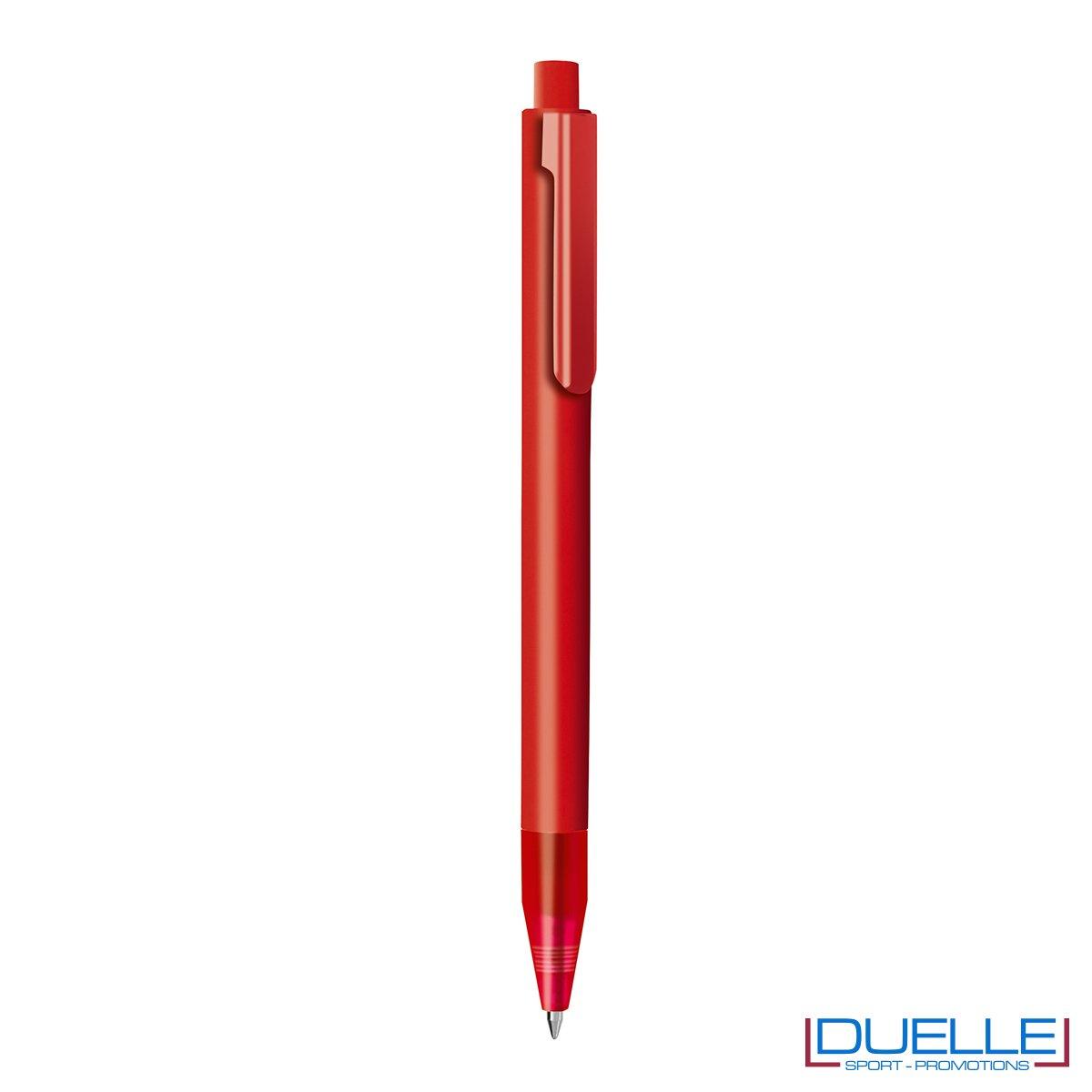 Penna personalizzata con fusto in plastica finitura satinata e puntale soft touch colore rosso