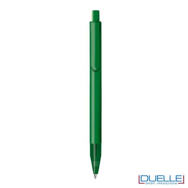 Penna personalizzata con fusto in plastica finitura satinata colore verde scuro