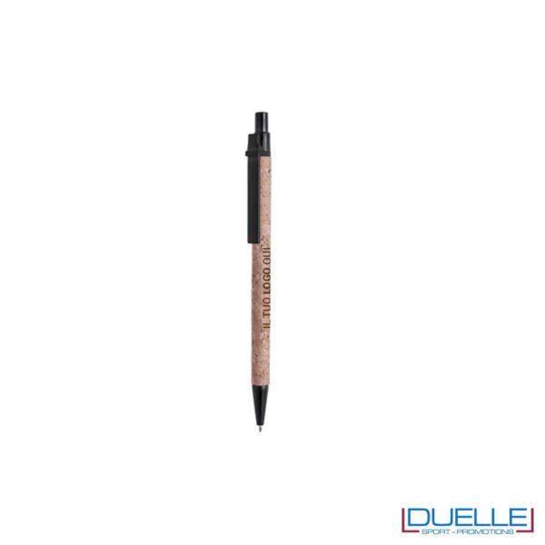 Penna personalizzata in sughero con particolari colore nero
