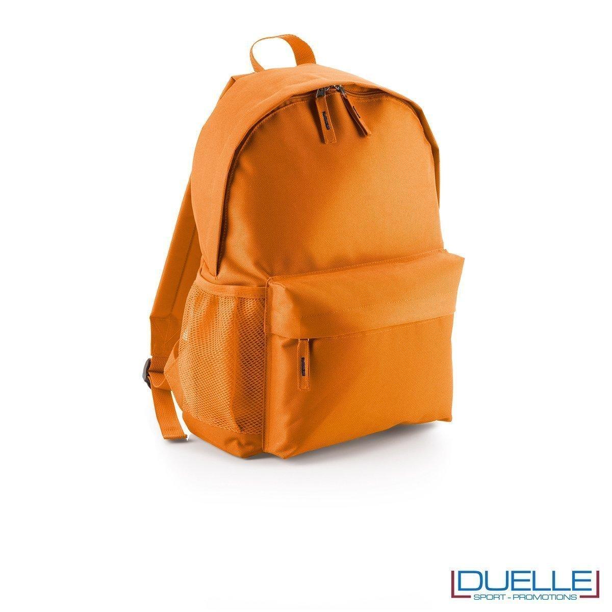 zaino personalizzato arancione, gadget promozionale sport e tempo libero