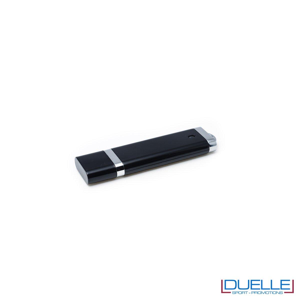Pennetta USB personalizzata con cappuccio colore nero