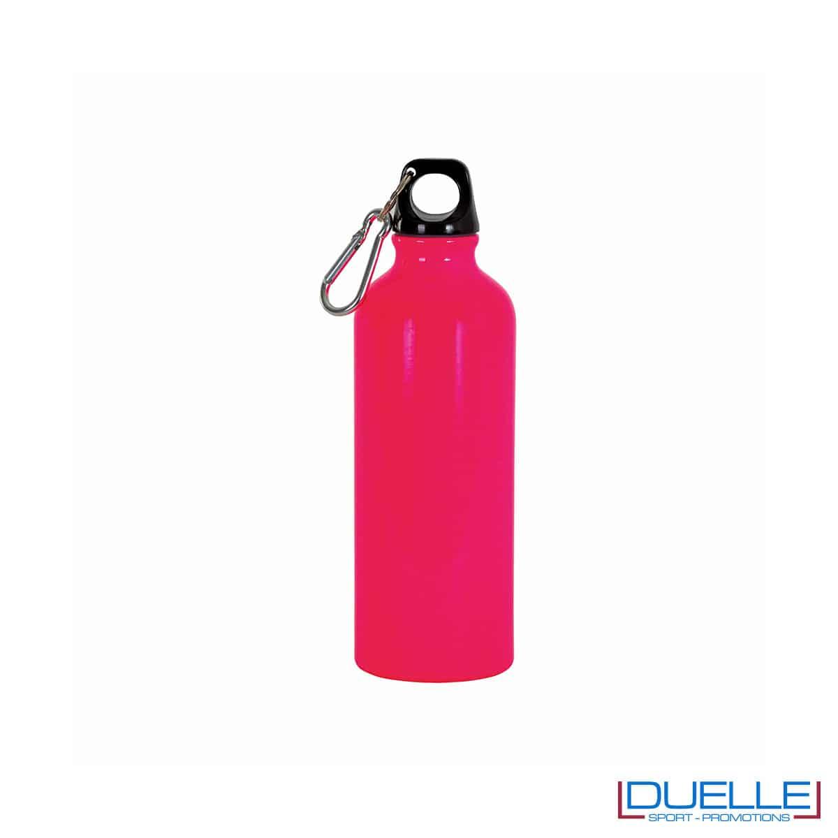 borraccia in alluminio in colore rosa fluo
