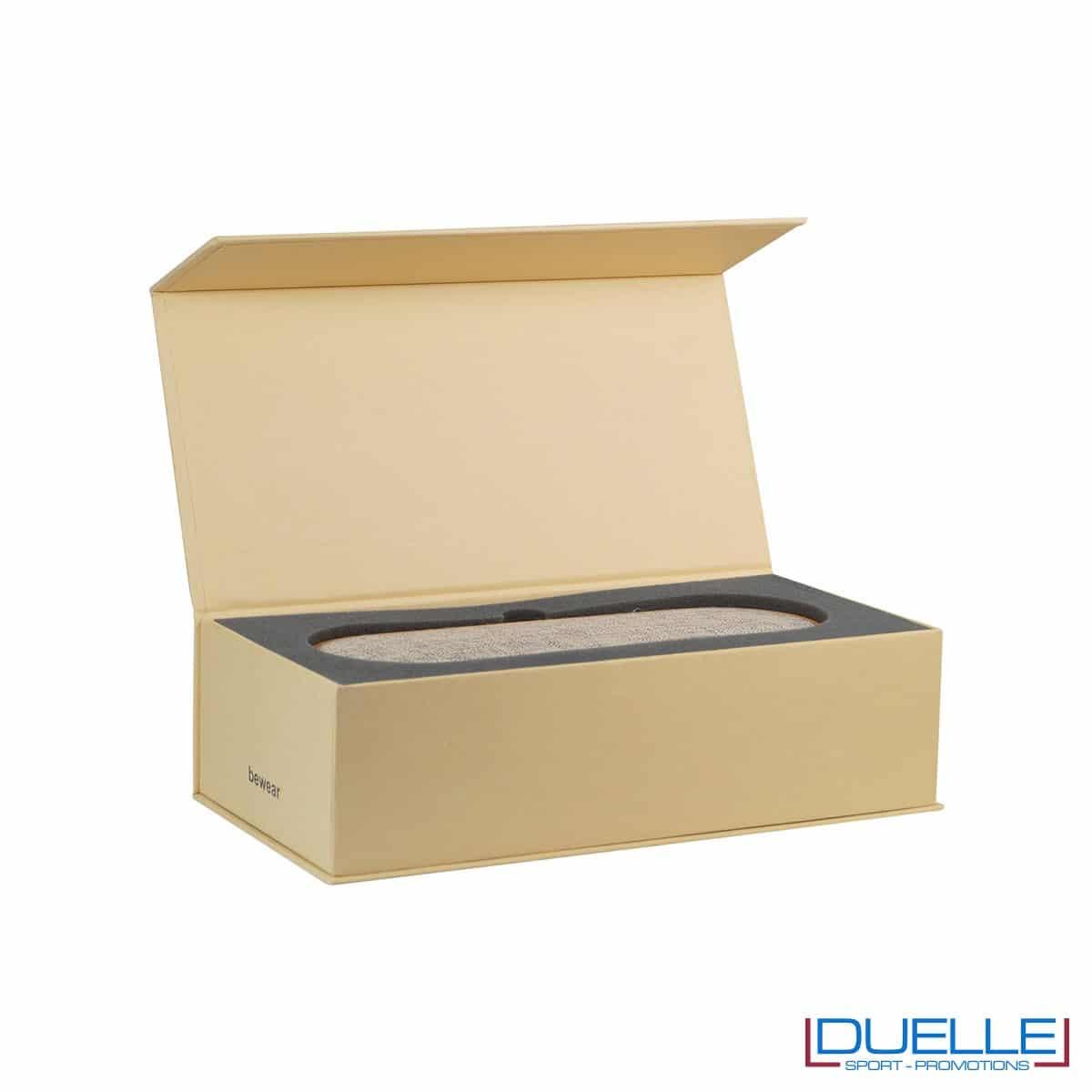Confezione in cartoncino riciclato per cassa bluetooth portatile