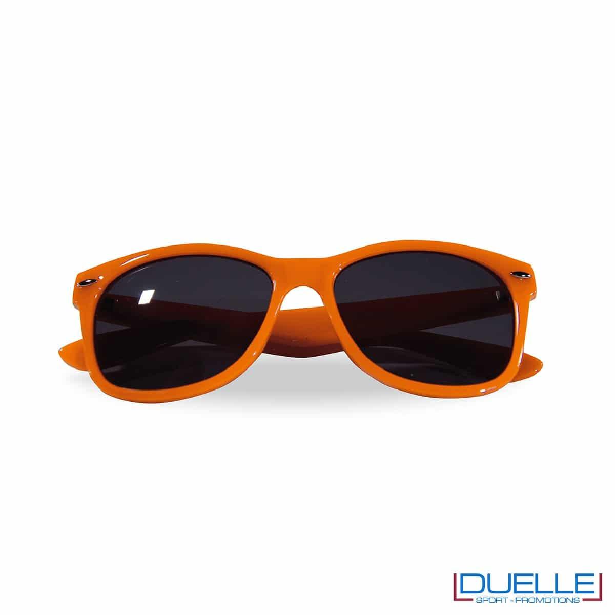 occhiali da sole personalizzati colore rosso, gadget estate personalizzati colore arancione