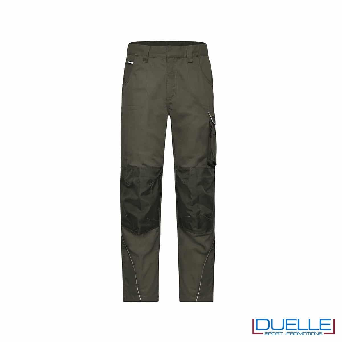 pantalone lungo da lavoro personalizzato in colore verde oliva