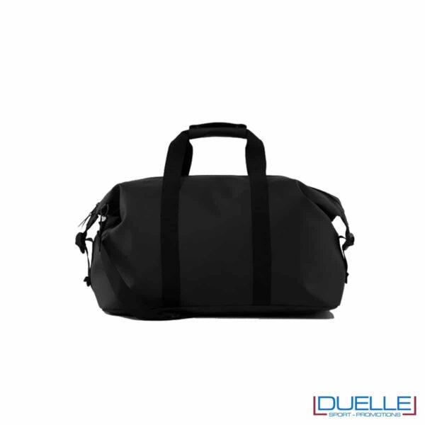borsone impermeabile RAINS colore nero personalizzato