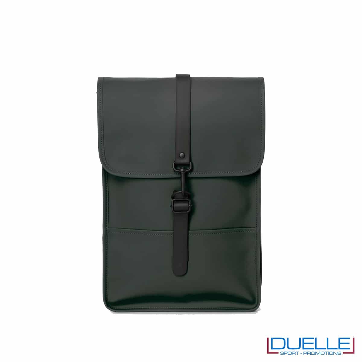 Backpack mini Rains® colore verde militare personalizzabile con il tuo logo