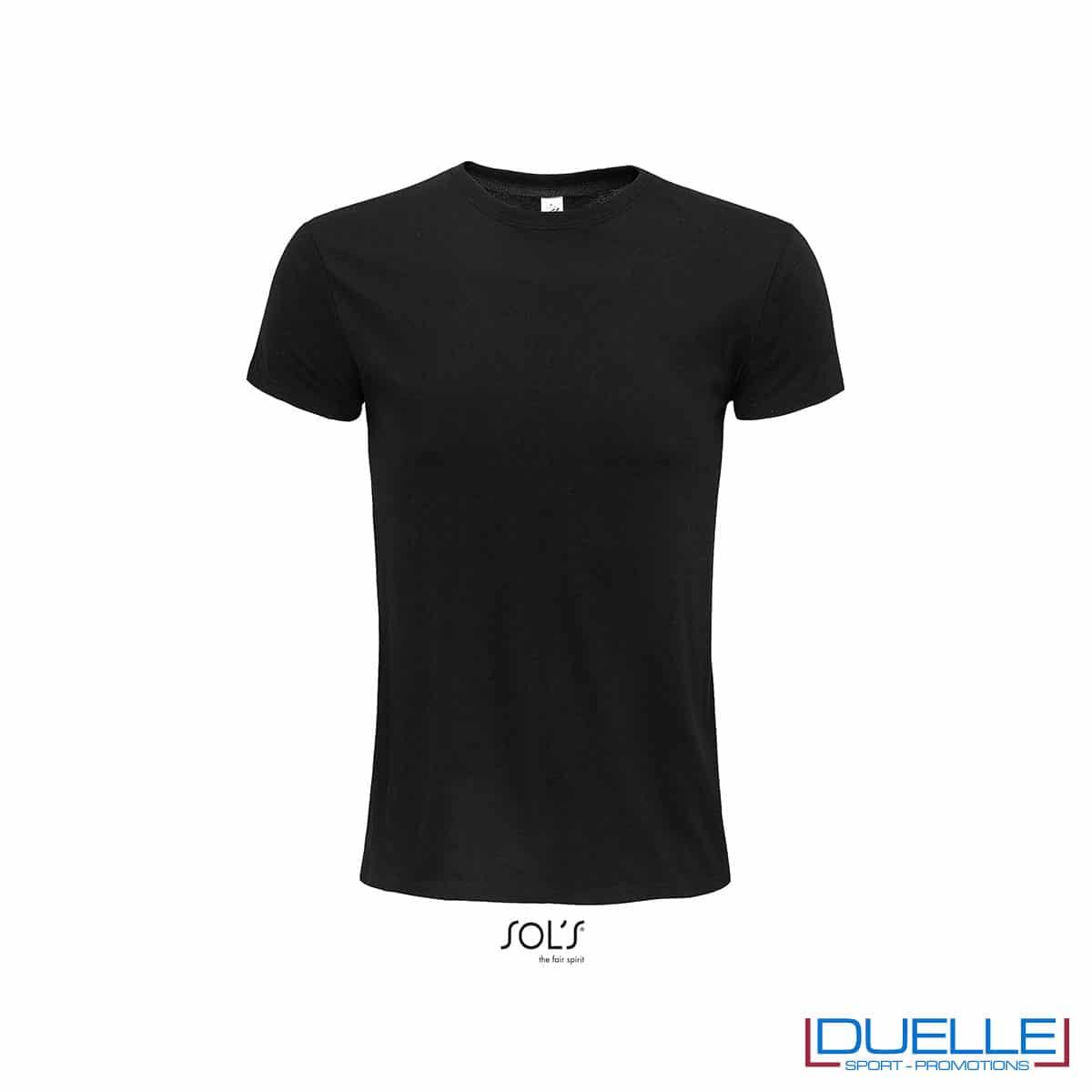 T-shirt ecosostenibile in cotone biologico colore nero personalizzata