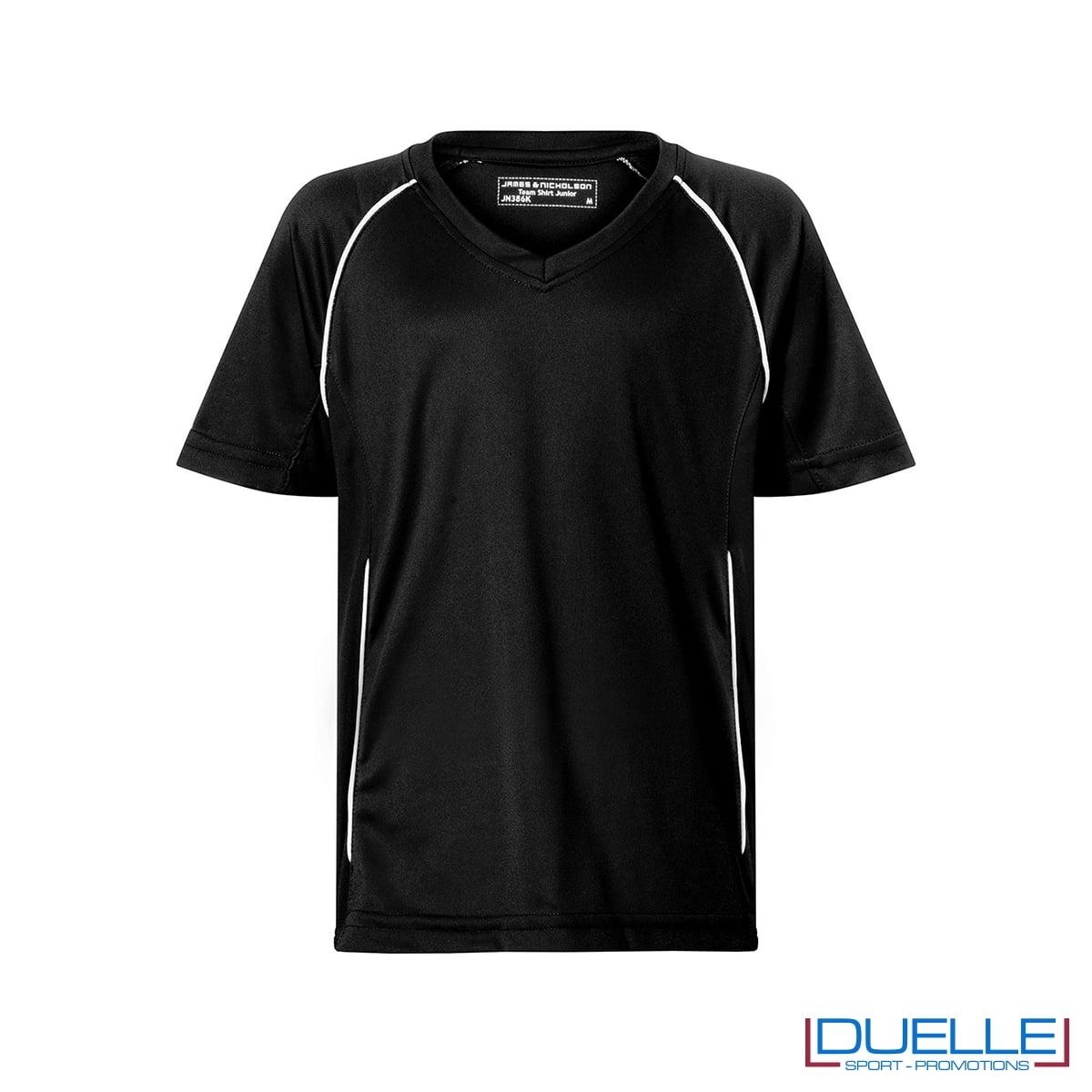 T-shirt calcio colore nero personalizzabile