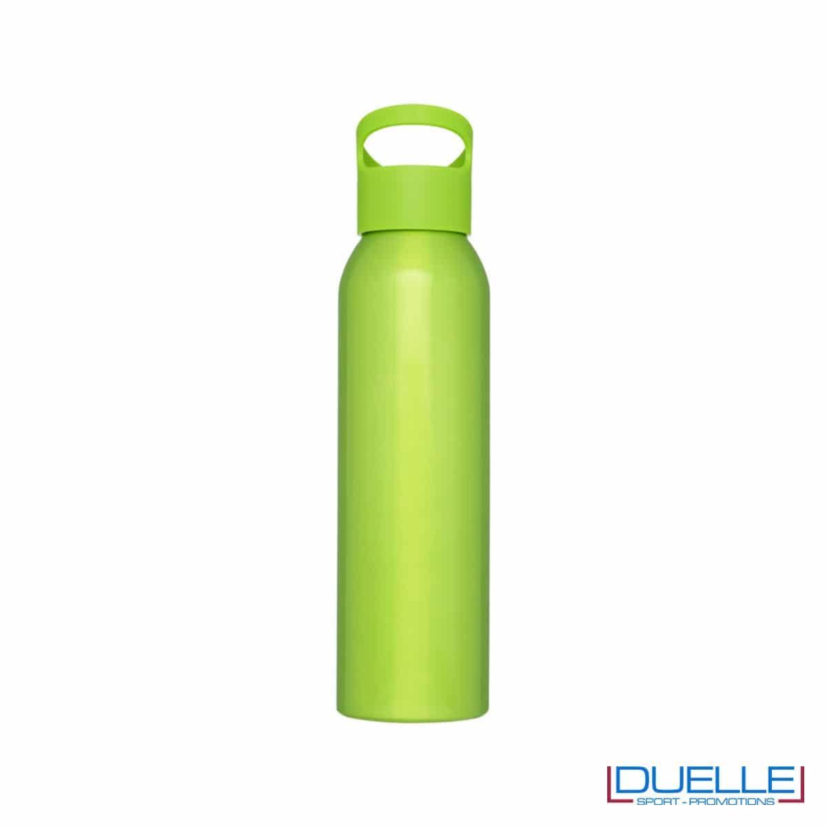 Borraccia alluminio colore verde lime con tappo in plastica