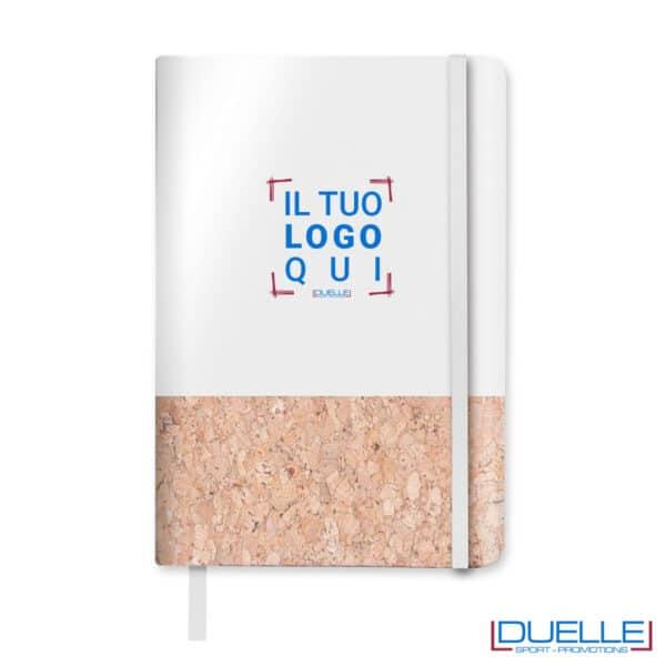 quaderno bianco con carta e sughero personalizzato