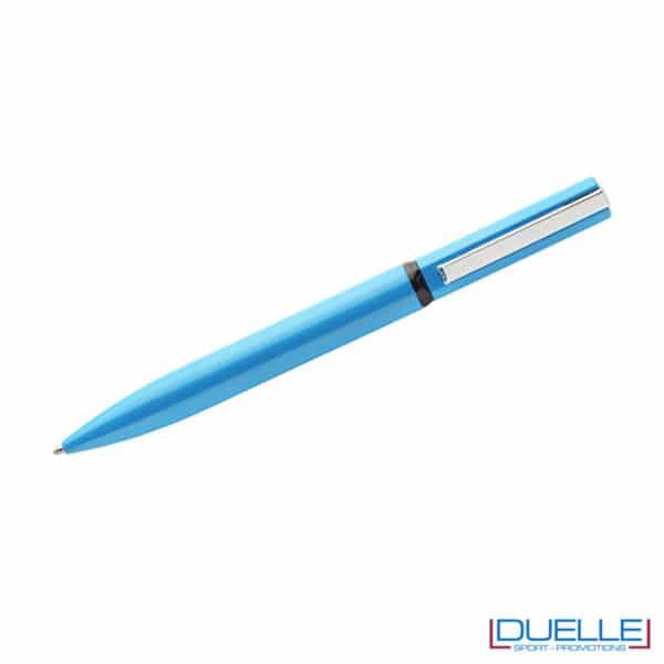 penna in metallo azzurro a rotazione