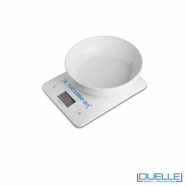Bilancia da cucina in plastica con vaso asportabile, portata massima Kg.3 con frazionamento al grammo.