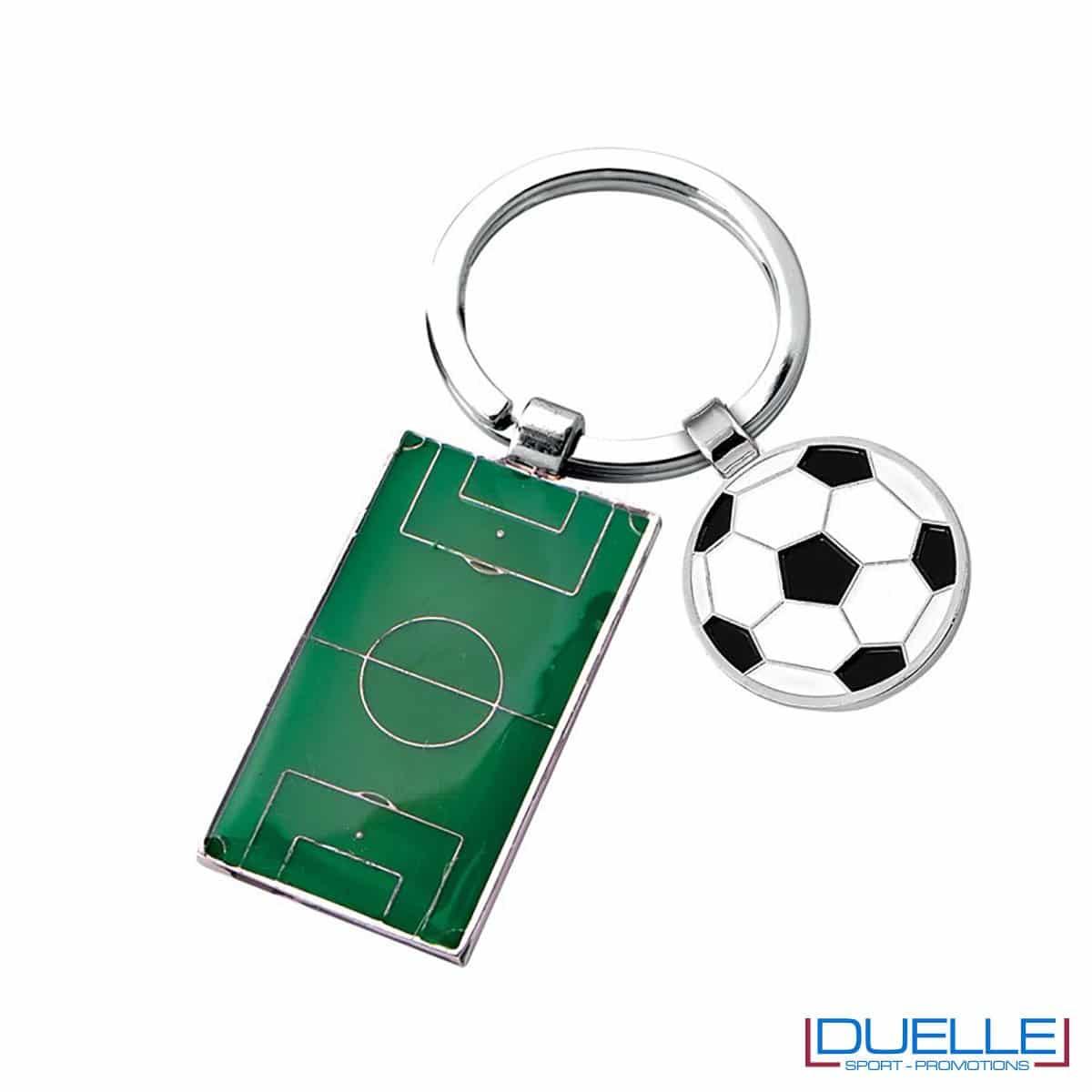 portachiavi personalizzato con campo da calcio, gadget sportivi personalizzati