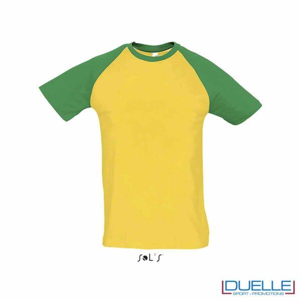 t-shirt personalizzata sportiva bicolore in colore verde e giallo, abbigliamento sportivo personalizzato