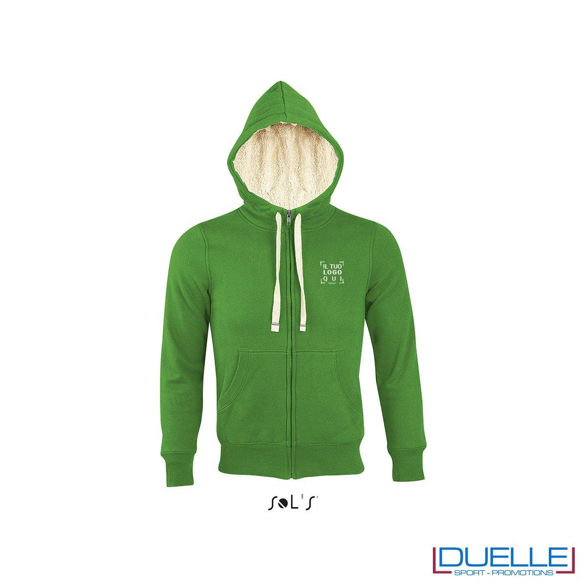 felpa personalizzata con cappuccio e pelo sherpa in colore verde, felpe personalizzate