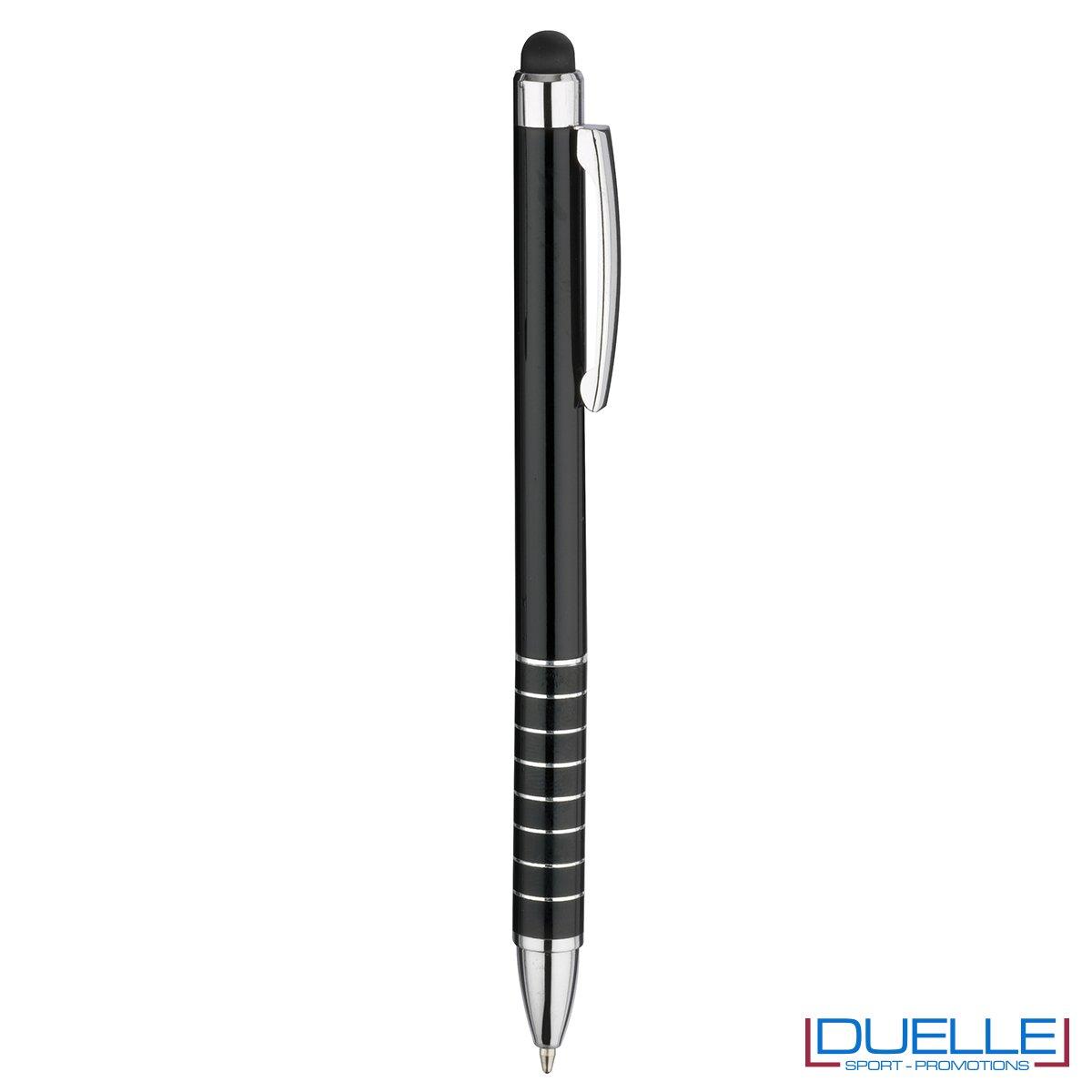 penna touch screen personalizzata in alluminio laccato nero, gadget aziendali personalizzati