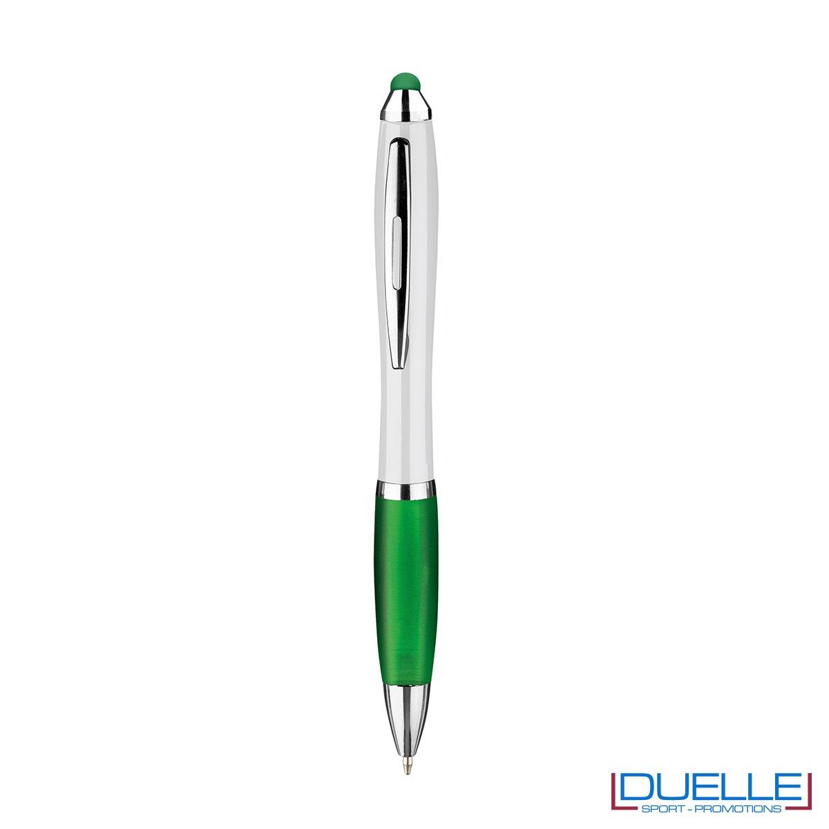 penna touch screen personalizzata in plastica verde, gadget aziendali personalizzati