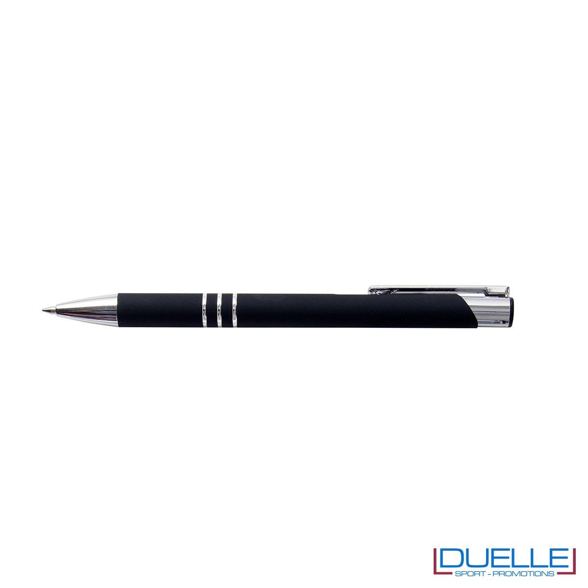 penna personalizzabile in metallo con finitura soft touch nera, penne personalizzate promozionali soft touch nero