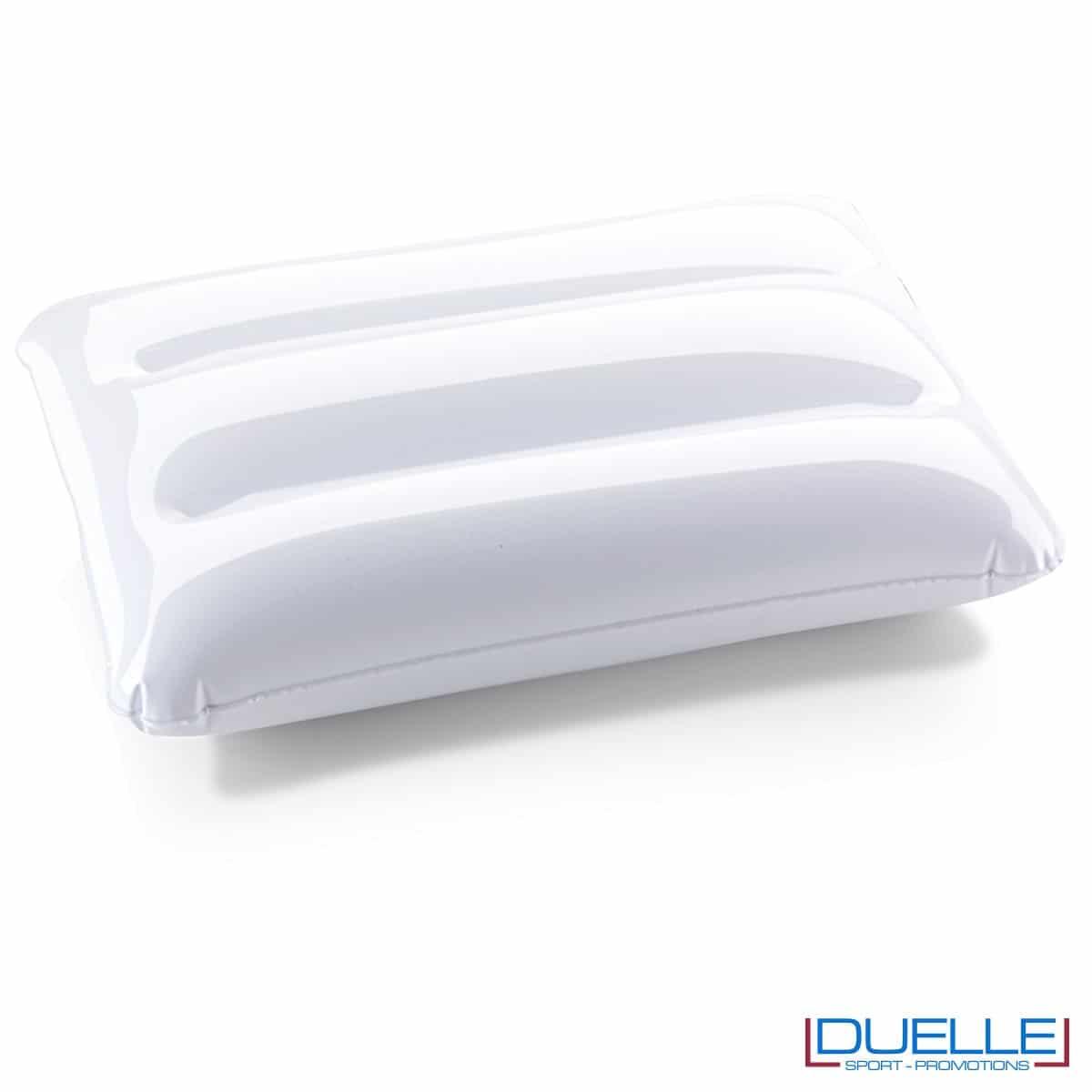 cuscino gonfiabile personalizzato in colore bianco, cuscinetto gonfiabile, gadget mare personalizzati