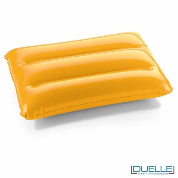 cuscino gonfiabile personalizzato in colore giallo, cuscinetto gonfiabile, gadget mare personalizzati