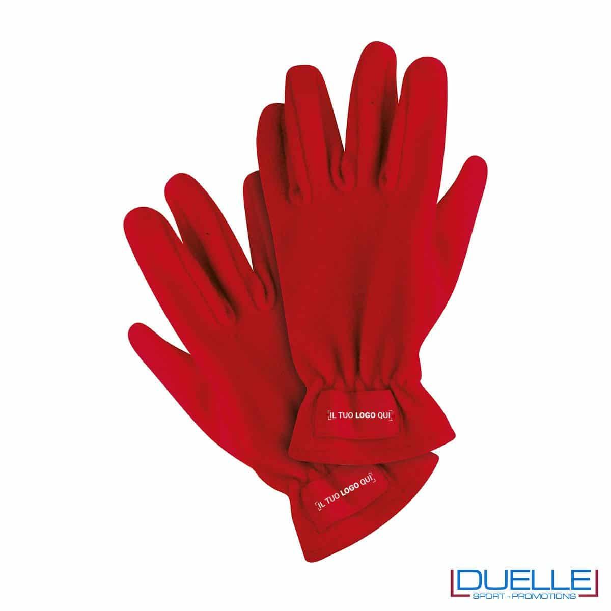 guanti in pile personalizzati in colore rosso, guanti invernali personalizzati