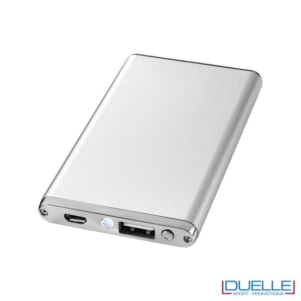 power bank personalizzato in alluminio anodizzato colore argento, power bank promozionali argentati e batterie portatili personalizzate