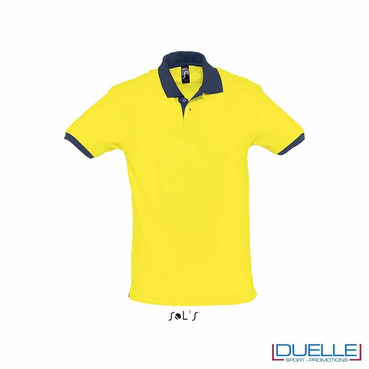 polo personalizzata color giallo con finiture a contrasto, abbigliamento promozionale personalizzato