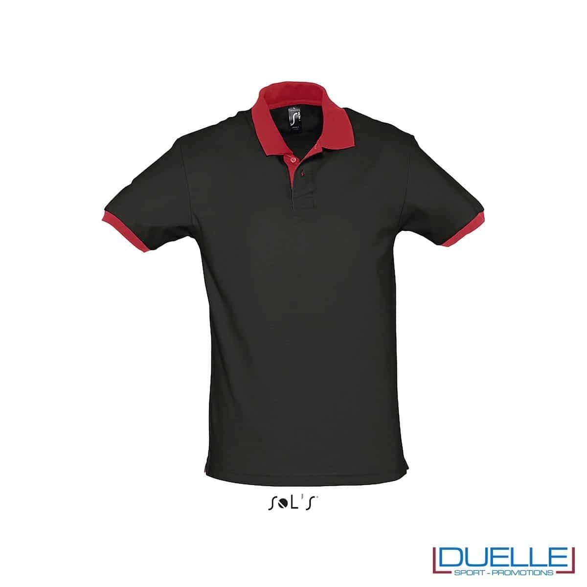 polo personalizzata color nero con finiture a contrasto rosse, abbigliamento promozionale personalizzato