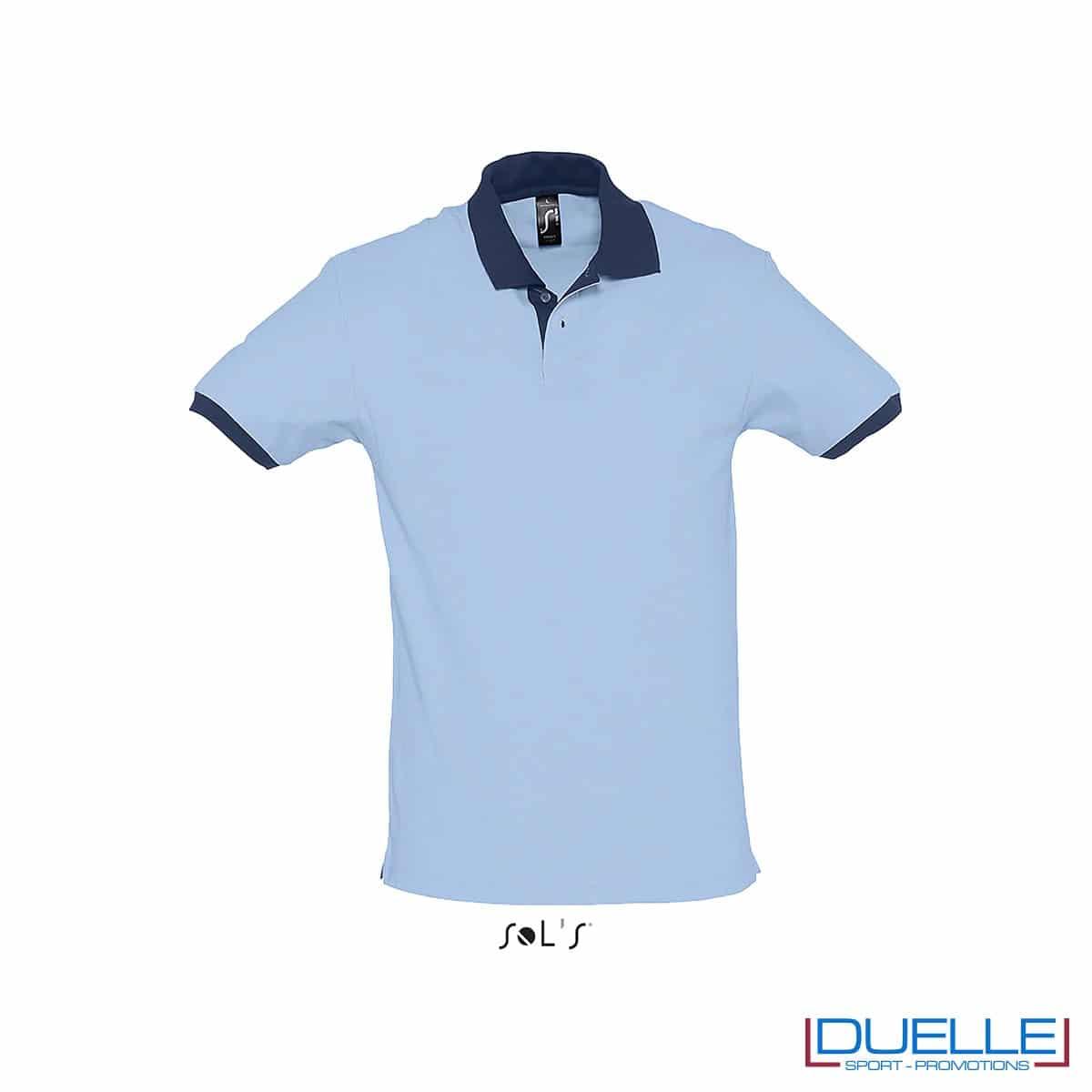 polo personalizzata color azzurro con finiture a contrasto, abbigliamento promozionale personalizzato