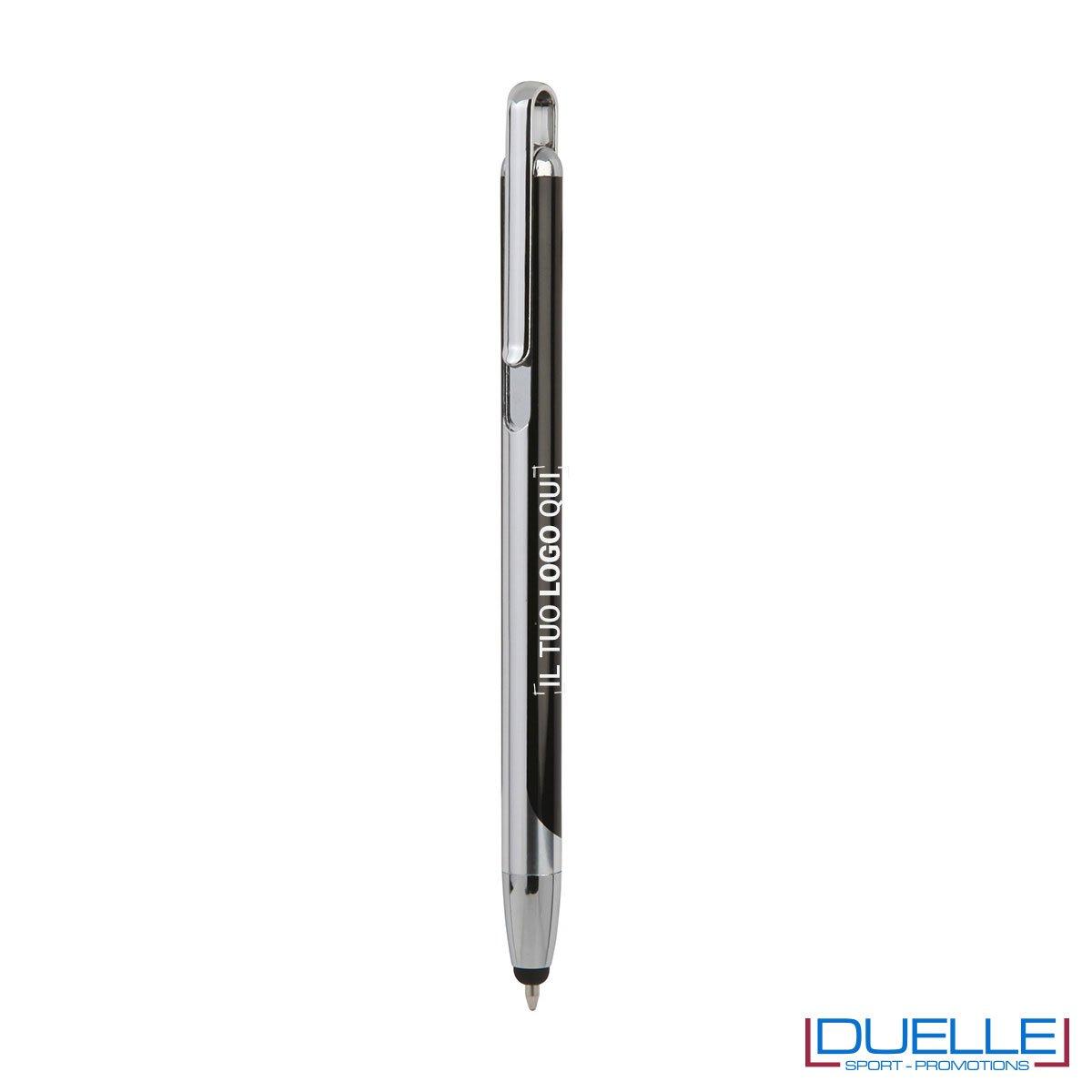 Penna touch screen con fusto in metallo colore nero