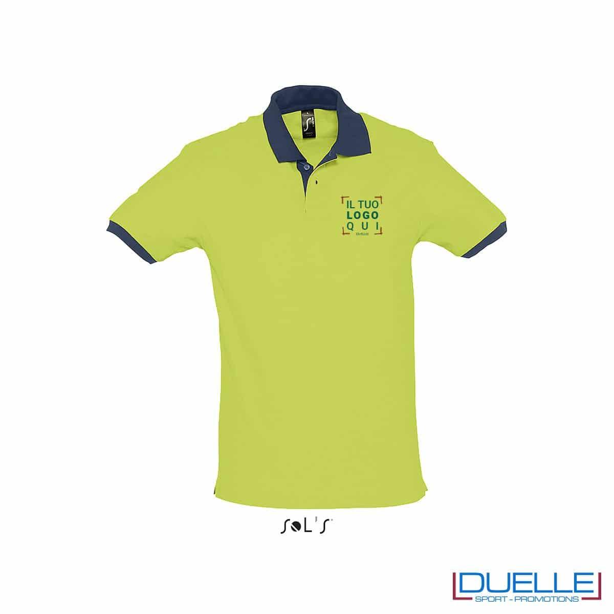 polo personalizzata color verde mela con finiture a contrasto, abbigliamento promozionale personalizzato