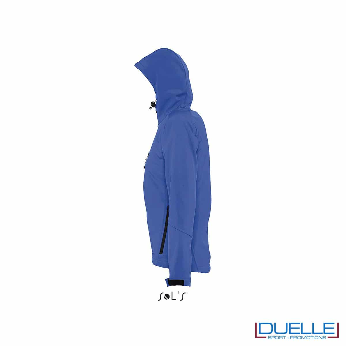 foto laterale di giacca softshell personalizzata in colore blu, foto laterale di giubbotti softshell personalizzati