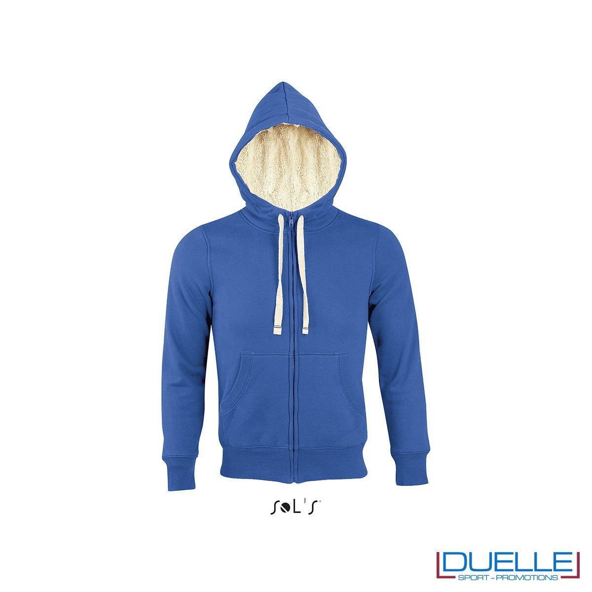 felpa personalizzata con cappuccio e pelo sherpa in colore blu royal, felpe personalizzate