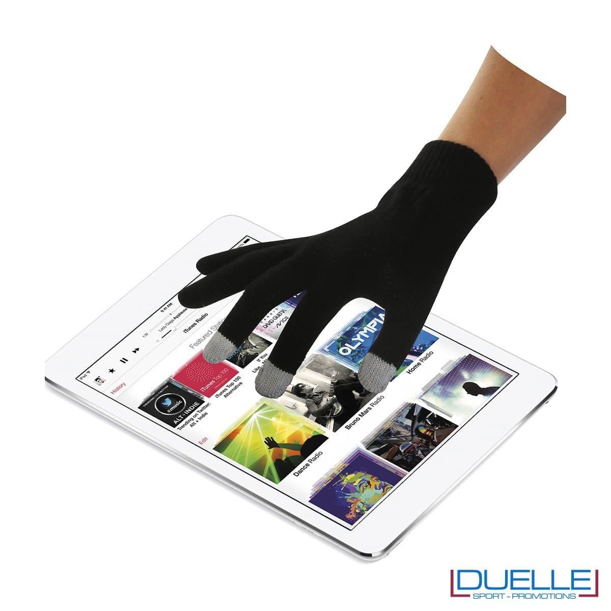 guanti touch screen personalizzati utilizzo