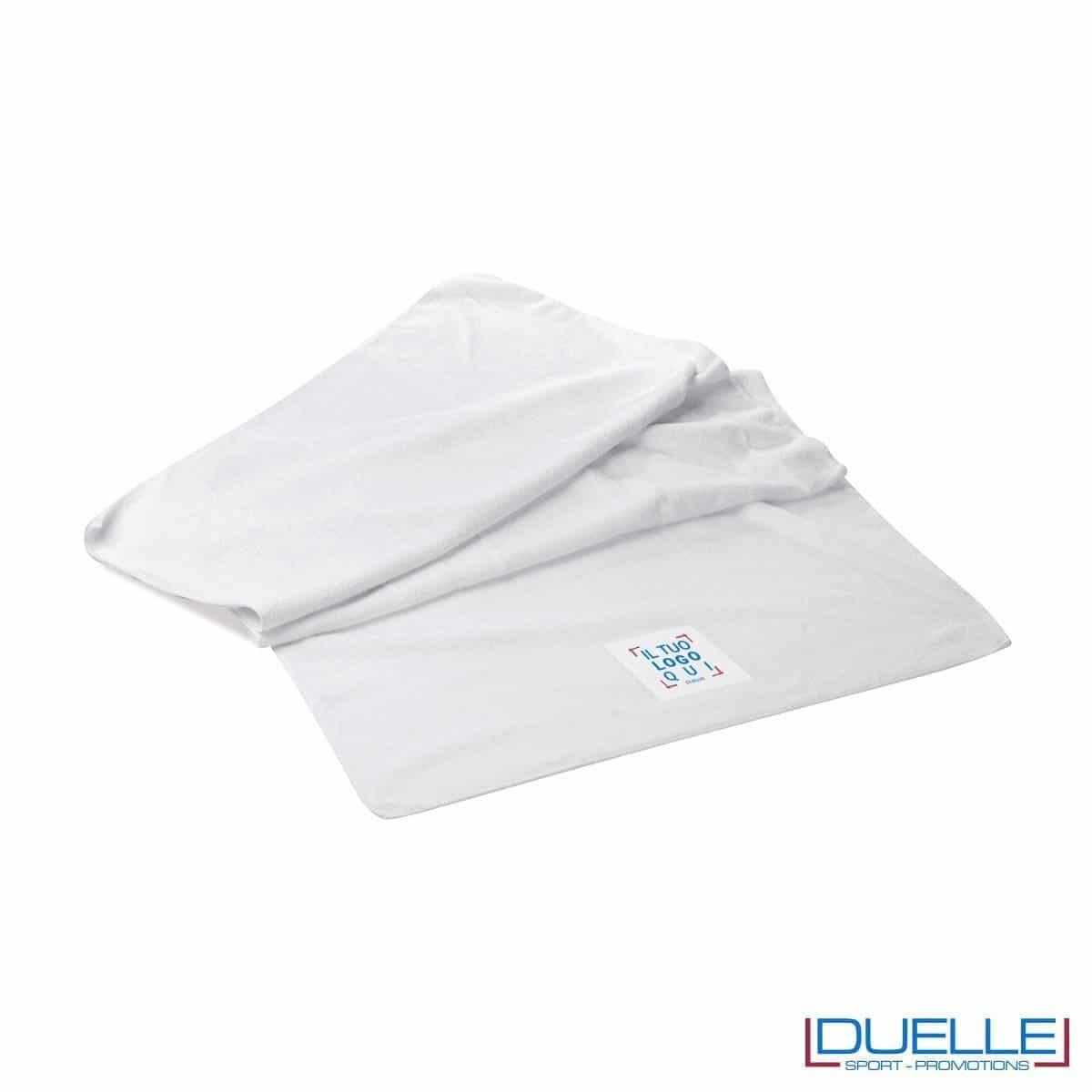 asciugamano personalizzato da palestra e centro fitness da personalizzare con stampa a colori o ricamo, gadget sportivi personalizzati