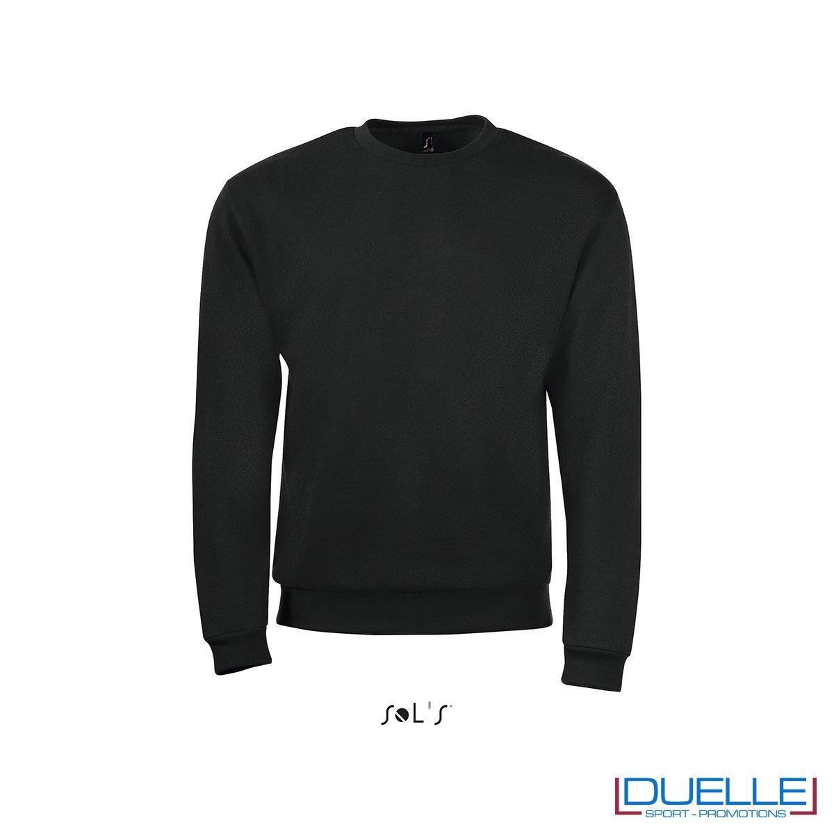 felpa personalizzata con girocollo in colore nero, felpe personalizzate, abbigliamento promozionale personalizzato
