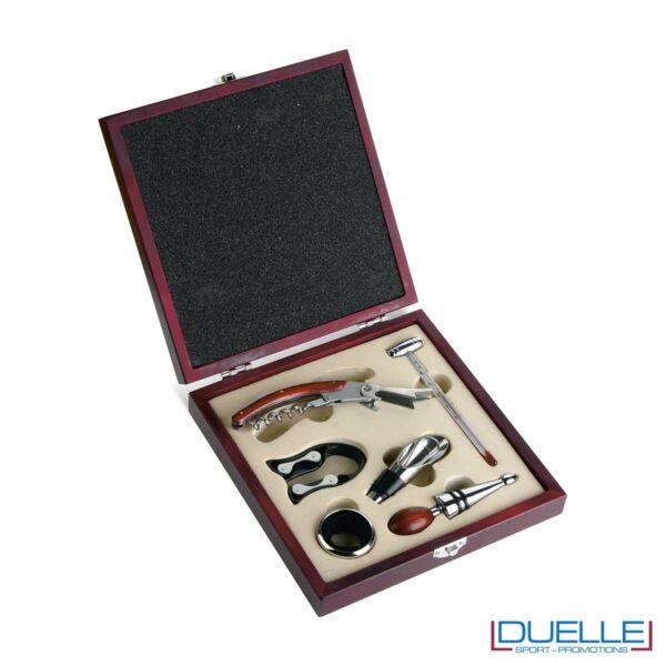 Set vino a 6 pezzi in confezione di legno con due tappi, termometro, anello salvagoccia e cavatappi multiuso.