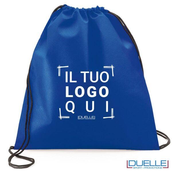 zainetto sportivo personalizzato in tnt di colore blu, gadget sportivi personalizzati